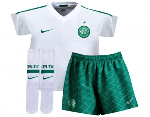 09-10 Celtic International Away Kit Little Kids