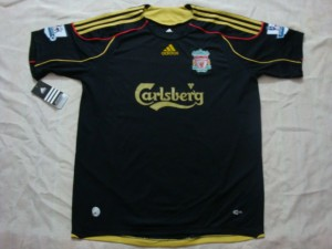 09-10 Liverpool Away Shirt