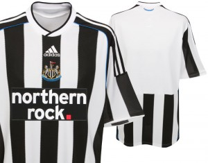 09-10 Newcastle United Home Shirt Womens