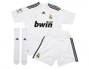 09-10 Real Madrid Home Minikit Pack Kids