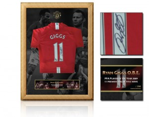 Signed & Framed Ryan Giggs Manchester United Shirt