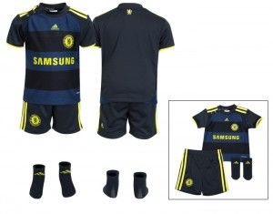 09-10 Chelsea Away Kit Baby