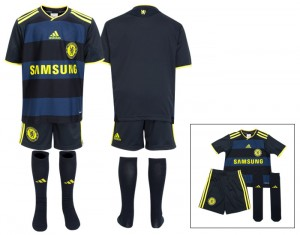 09-10 Chelsea Away Kit Infants
