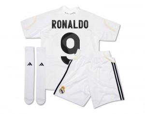 09-10 Real Madrid Minikit Pack Ronaldo 9