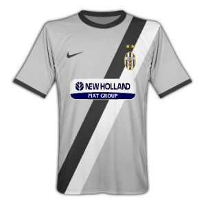 09-10 Juventus Away Shirt