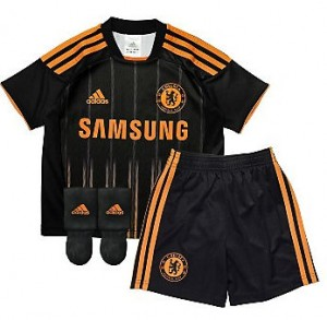 10-11 Chelsea Away Mini Kit Little Boys